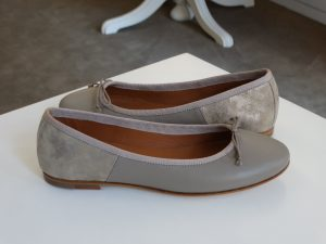 Audrey – Taupe